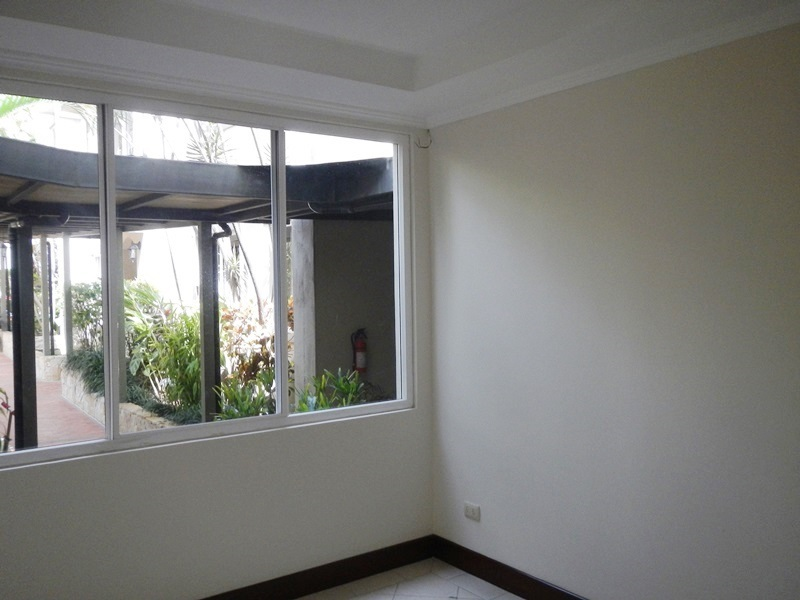 Beautiful 340m2 Condo With Fireplace In Jaboncillos For