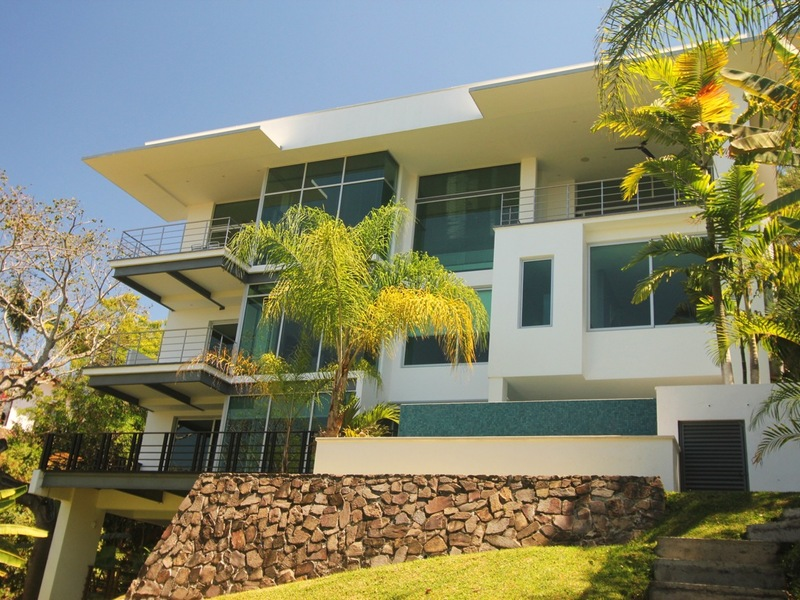 Spectacular, Award Winning, Contemporary, Single Family Home in ...
