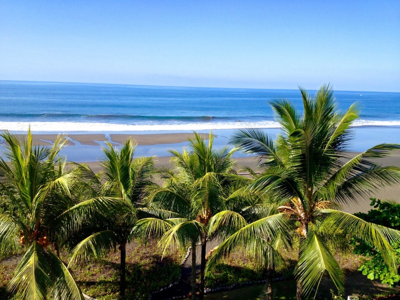 - Playa Hermosa 2 Bed Condo on the Beach