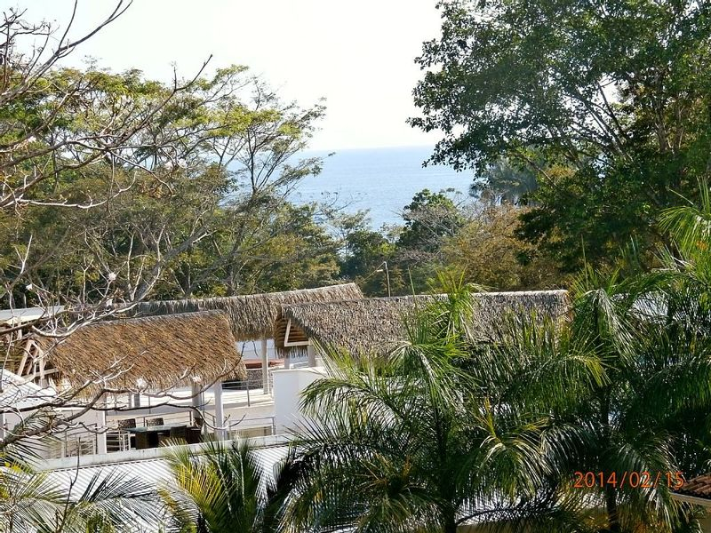 Retire with income b b or luxury rental id 6230 for Luxury rental costa rica