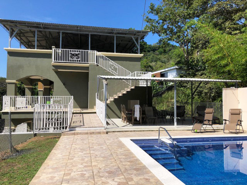 - Beachside 6 Bedroom Vacation Rental or Family House