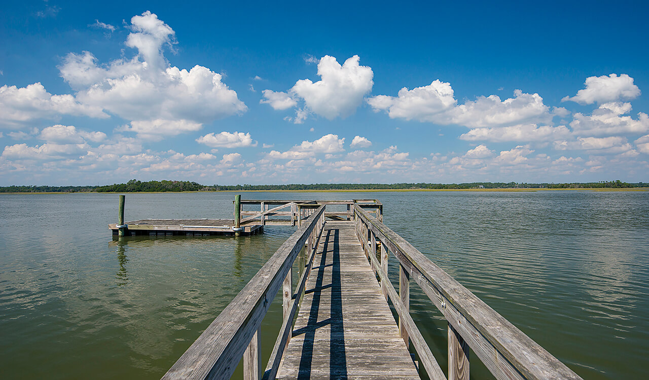 43 River Marsh Ln