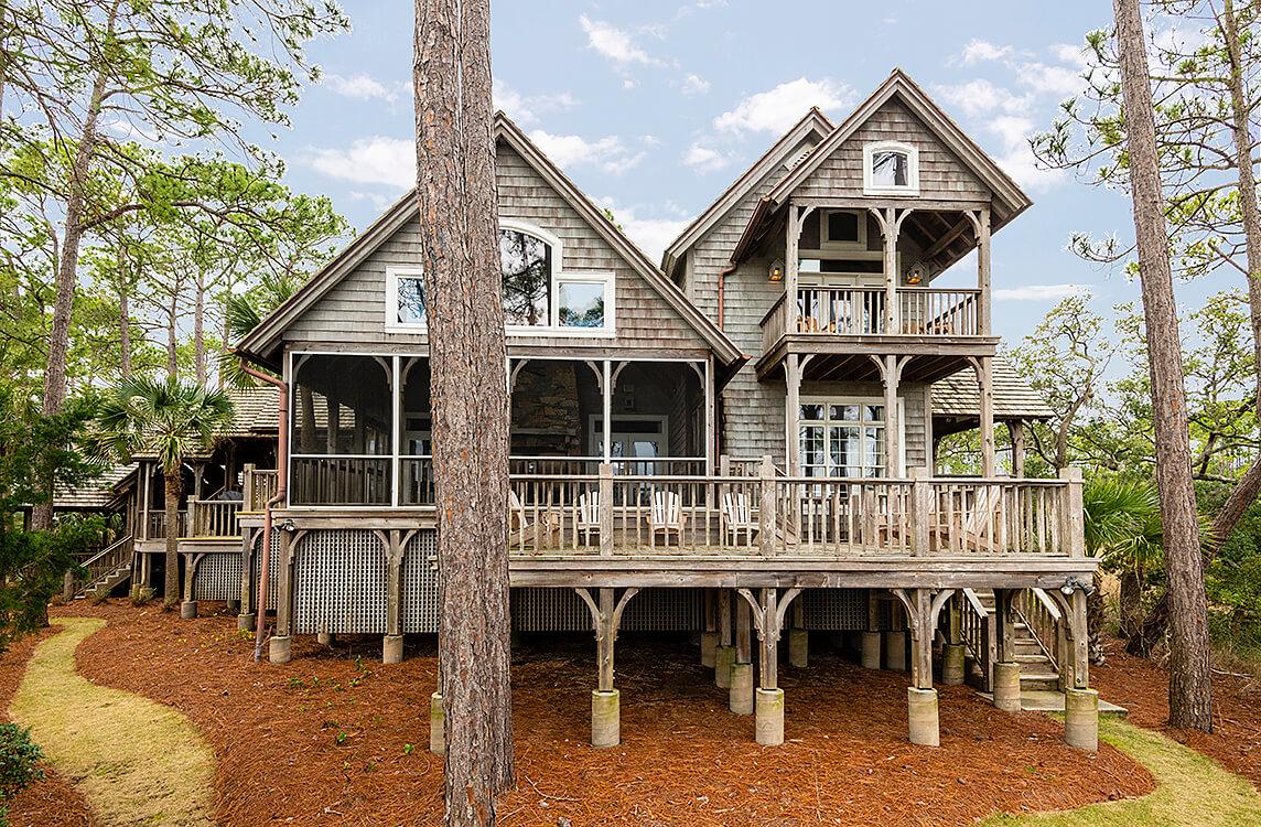 8 Club Cottage Ln