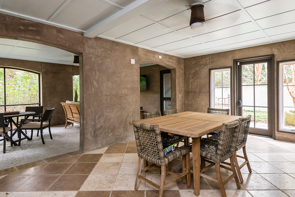 5512 Cypress Cottage Ln