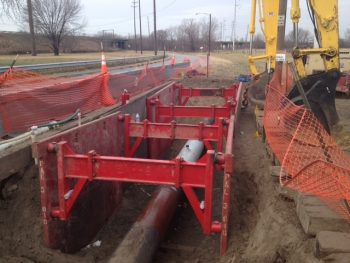 water sewer installation pal 3 trench box pipe line arch