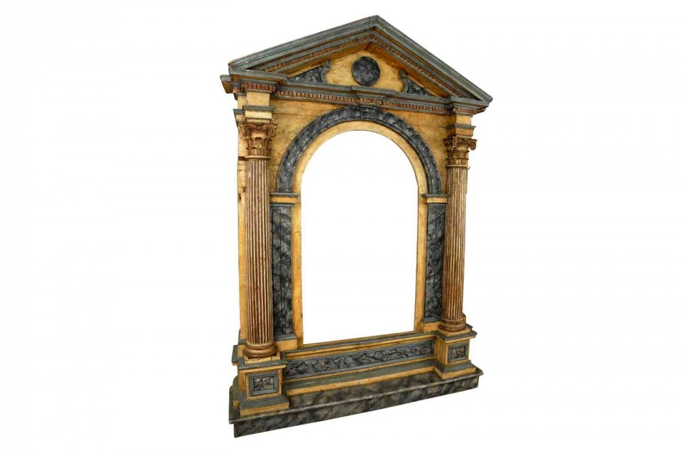 Provenance Antiques