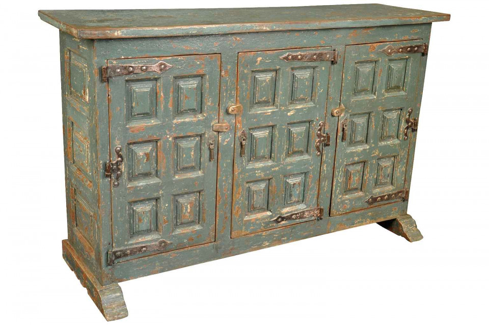 A very handsome three door Spanish Buffet in painted wood. Soundly  constructed with molded door and side panels and wonderful hardware. - Provenance Antiques