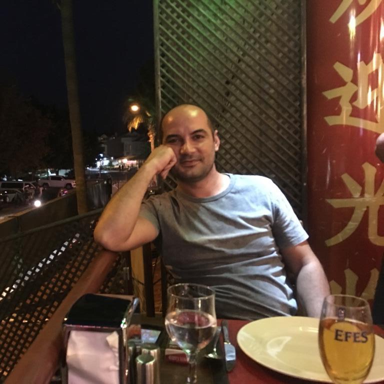 Ahmet F.