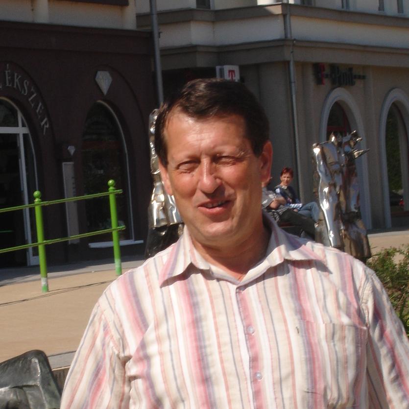 Endre M.