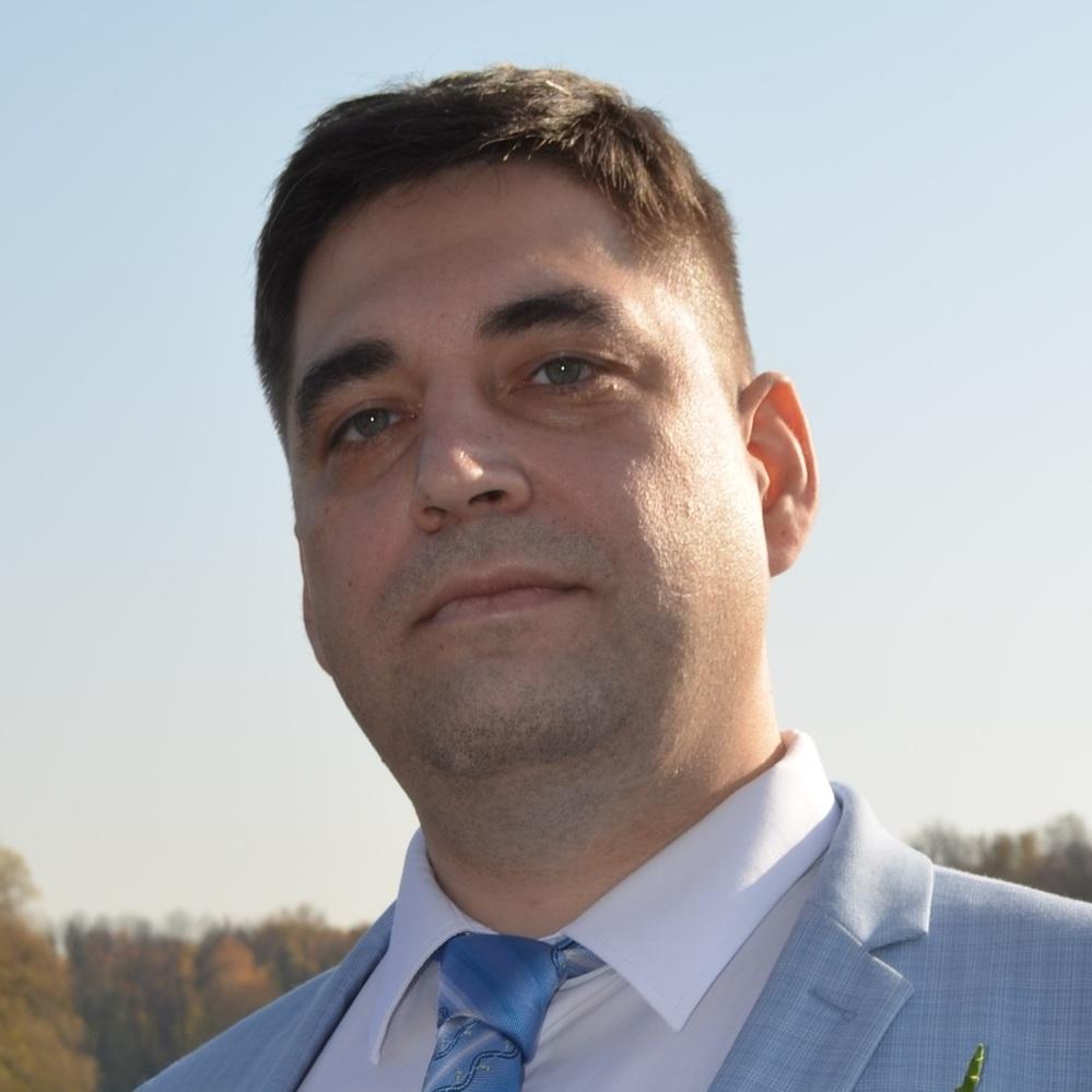 Ivan N.