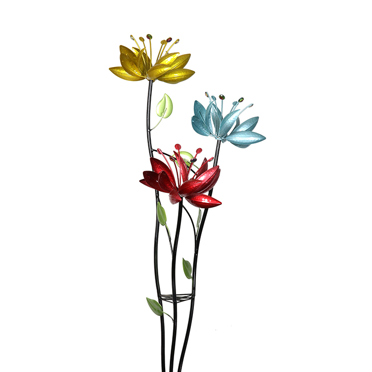 Triple Flower Branch Spinner Stake