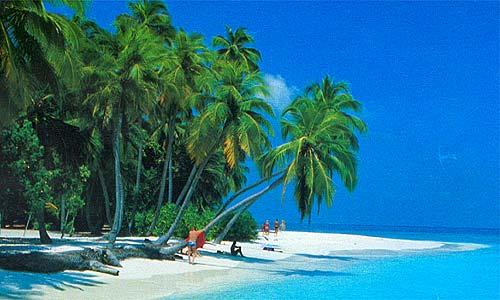 via tourist-destinations.com
