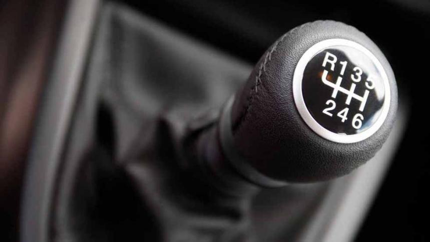 Cómo prevenir averías en el embrague y en la caja de cambios