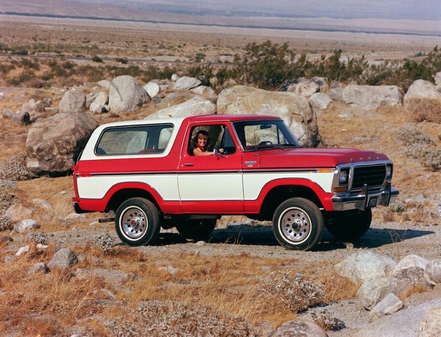 Para finales de la década de los 70, la Bronco comenzaba a tomar las líneas características que la volvieron un ícono.