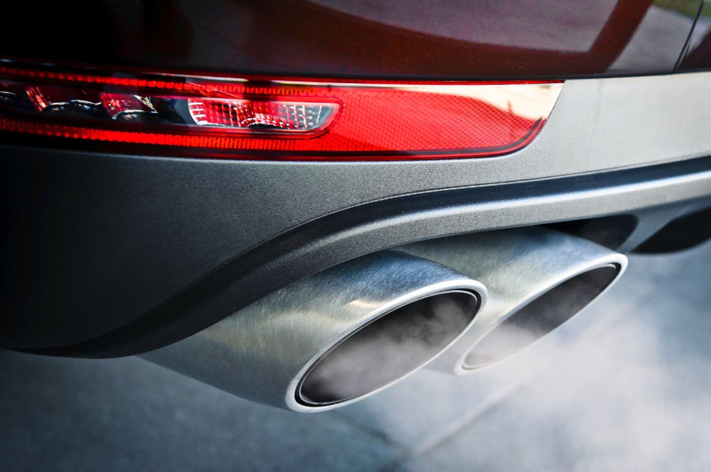 Inspección superficial antes de comprar un auto de segunda mano-3