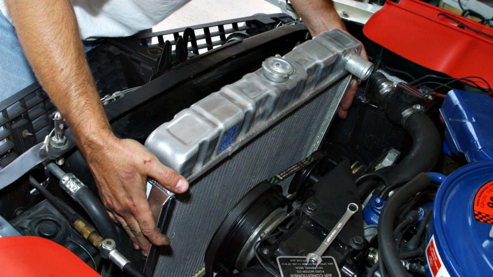 El sistema de frenos es uno de los más importantes del vehículo, por ello, todos sus componentes deben estar óptimos para garantizar tu seguridad.