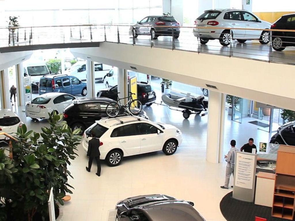 agencia de autos caracteristicas