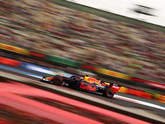 Max Verstappen compite con lubricantes Mobil en GP de México