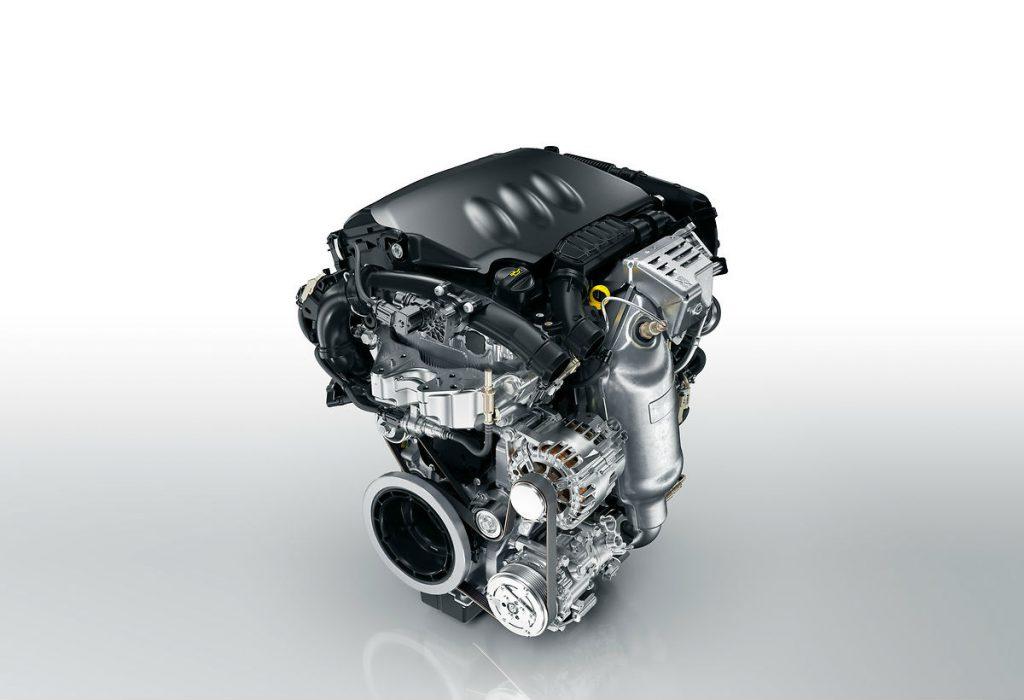 el mejor motor del mundo PureTech visto de frente