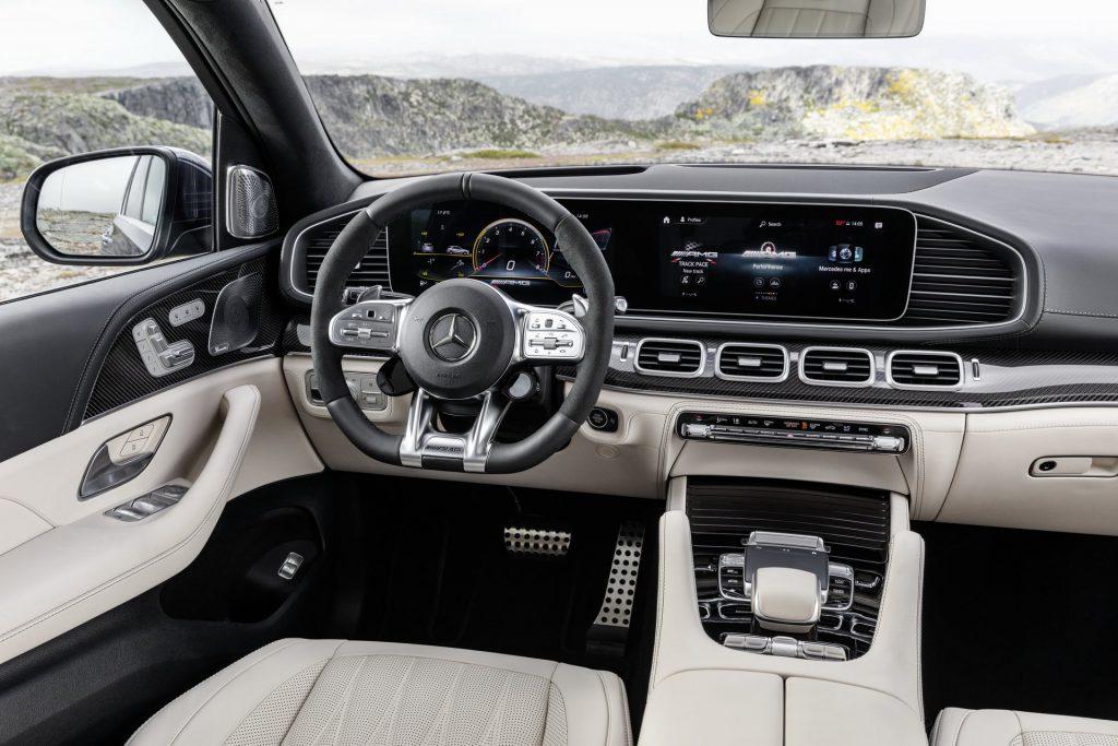 Mercedes-Benz AMG 63 2020 interior