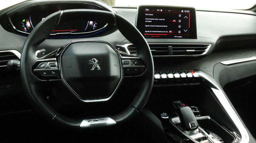 Interior refinado en Peugeot 3008