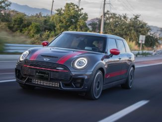 MINI Clubman JCW All4 2020 en acción