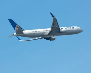 stuff-airline-discounts-for-seniors-united-airlines