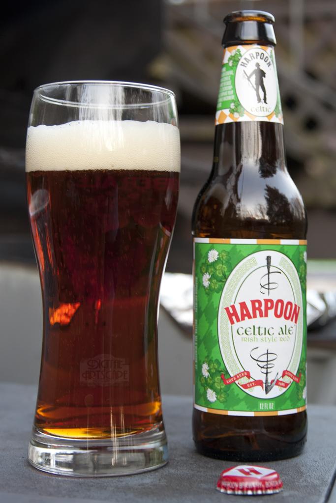 Beer - Harpoon Celtic Ale