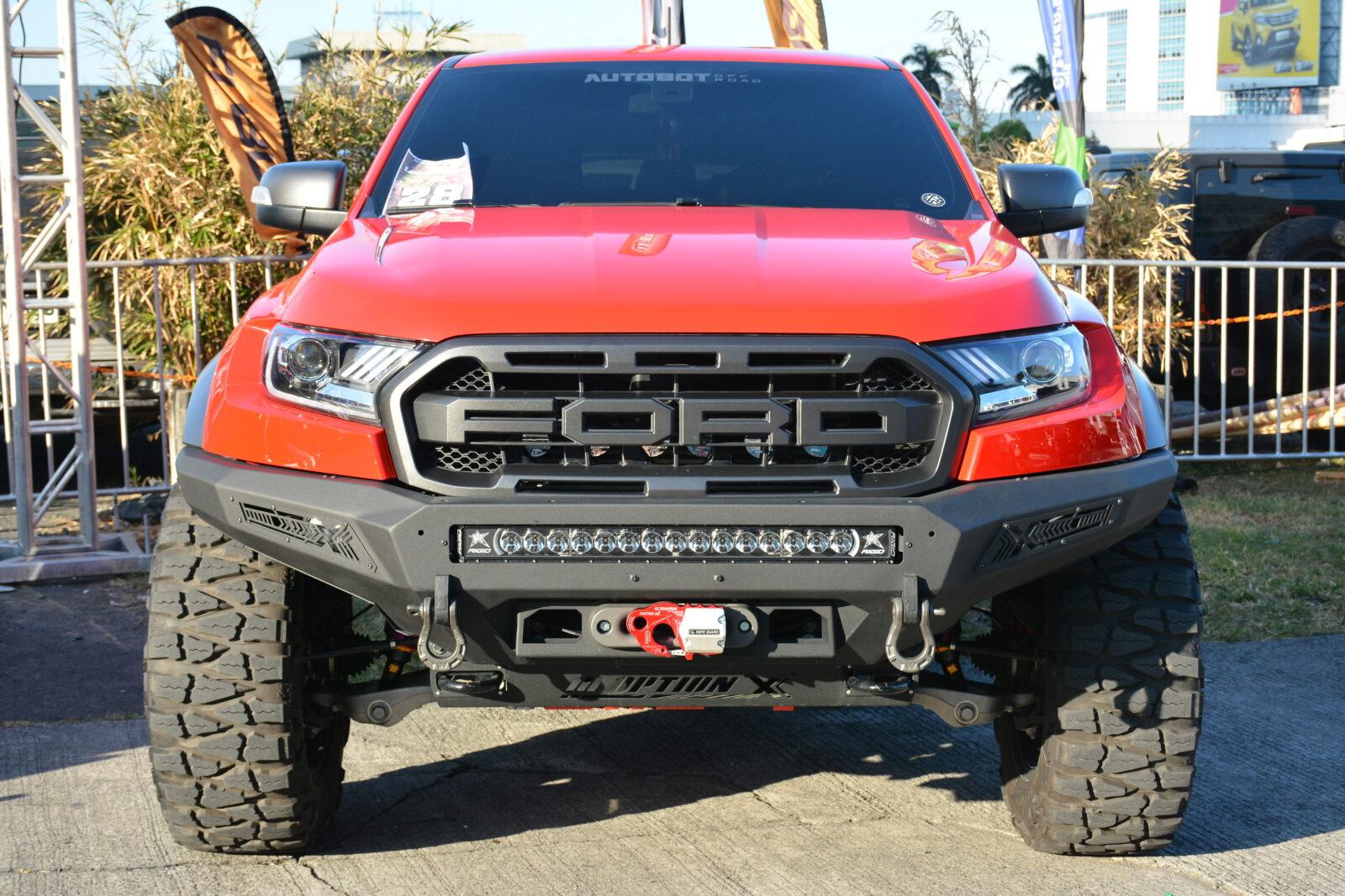2020-Ford-Raptor