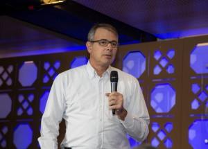 CEO da HP Brasil participa de aula inaugural para alunos de Pós em São Paulo