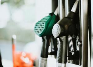 Gasolina atinge R$ 4,99 no Rio, a mais cara do pais