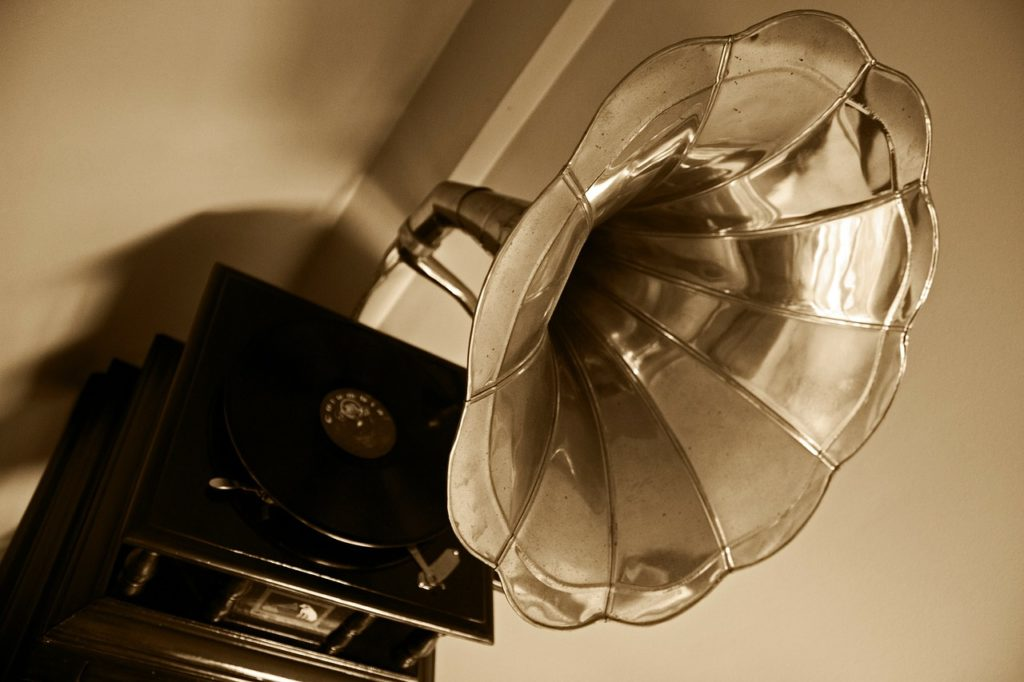 image of grammapohone