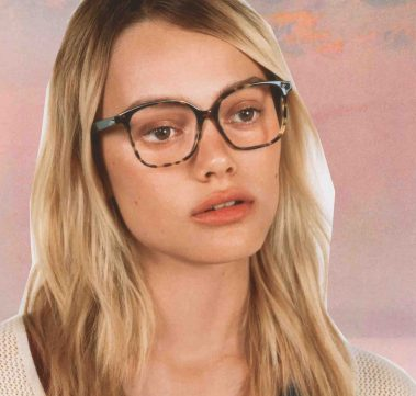 FREE-SPIRITED WITH THE SANDRO PARIS FRAMES FOR HER