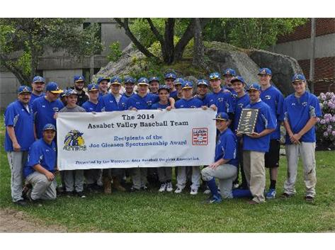 The baseball team received the Worcester Umpires Association Sportsmanship Award for 2014 season.