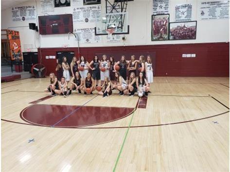 Benton High School | Girls Basketball | Activities