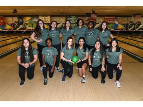 Lady Mustang 2018/2019 Bowling Team