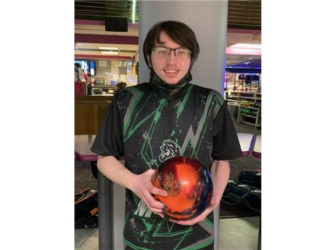 Zachory Block (Jr), 4th year on team, 173 ave., high game 232