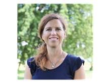 _Coach Lisa LIndstrom.jpg