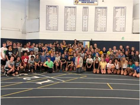 The Boys and Girls Cross Country Teams dedicated a recent practice to raising funds for the Northfield Township Food Pantry.  The teams have raised over $55,000 over 21 years to help local families in need.  Oustanding job, runners!