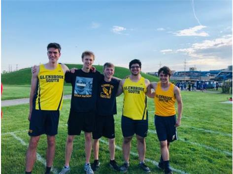 Congratulations to our 2019 State Meet Qualifiers!  Dimitri Manesiotis (Shot Put), Michael Zimmermann (High Jump), Nathan Shapiro (300 Meter Hurdles), Will Houser (800 Meter Run) and Charlie Schultz (800 Meter Run)