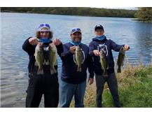 Guilford's Fishing team took 3rd place at their IHSA Bass Fishing sectional. Advancing Isaiah Smith, Noah Kowalski and Coach Hansas to the state tournament on Lake Carlyle.