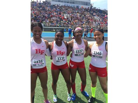 Your 2018 Class 3A 4x200 relay State Runner Up: Olivia Oliver (SR), Trelyn NewKirk (JR), Jackie Bassey (SR) Akela White (SO)
