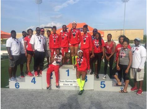 For a second consecutive year, the Girls Track & Field program took home a 2nd place finish in the state!