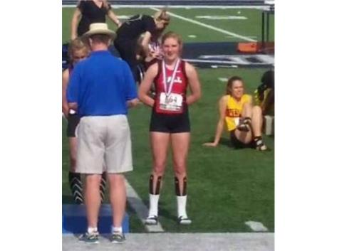 2016 Kaelyn Hamalle 9th Place 400 at State Meet