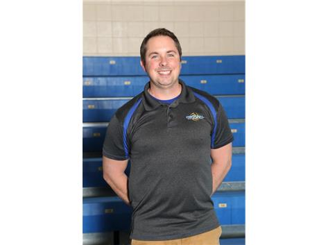 JV Coach Kris Lundgren