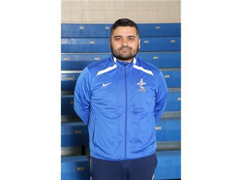 JV Coach Erick Estrada