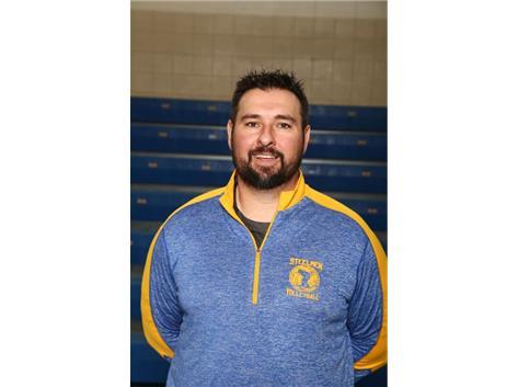 Freshman Coach Nick Ratajczak