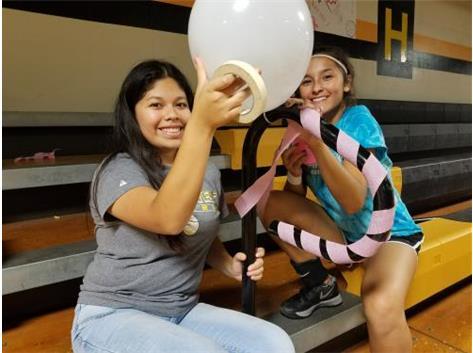 Balloon Girls!