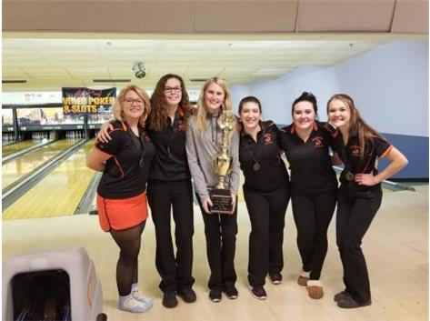 Girls Bowling JV LW Cup Champions