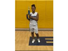 Congratulations to Diamond Wright for winning the 7th grade 3 point contest.  Great Job!